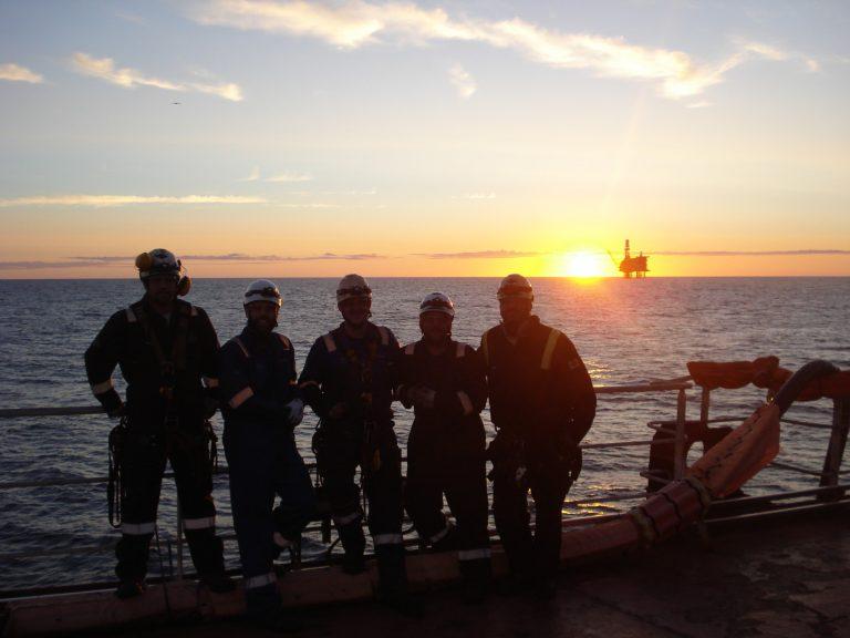 MTL offshore team photo